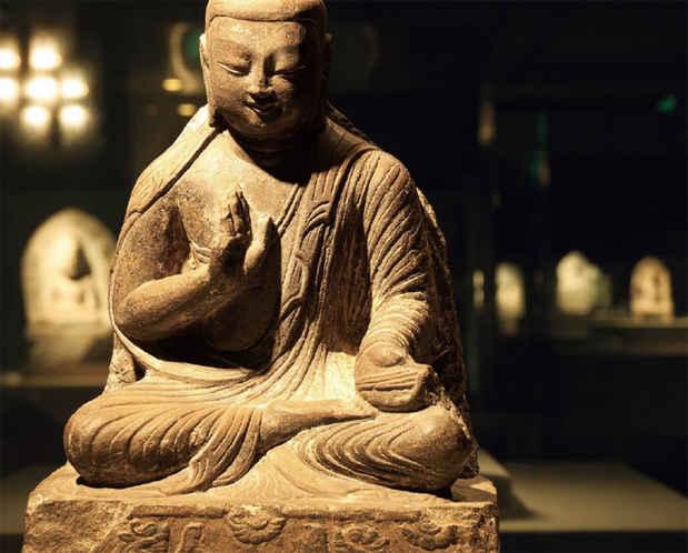 poster for 「北魏 石造仏教彫刻の展開」展  このイベントは終了しました。 大阪市立美